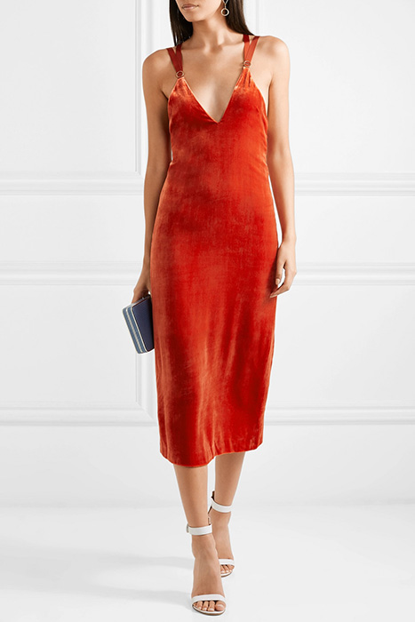 Описание и фото платья-халата из бархата с запахом