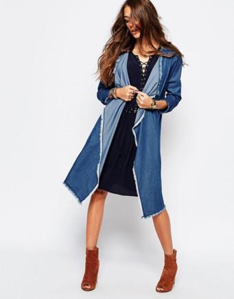 c0d8e486b43 В теплое время года под джинсовую кофту можно надеть короткое платье из  шифона