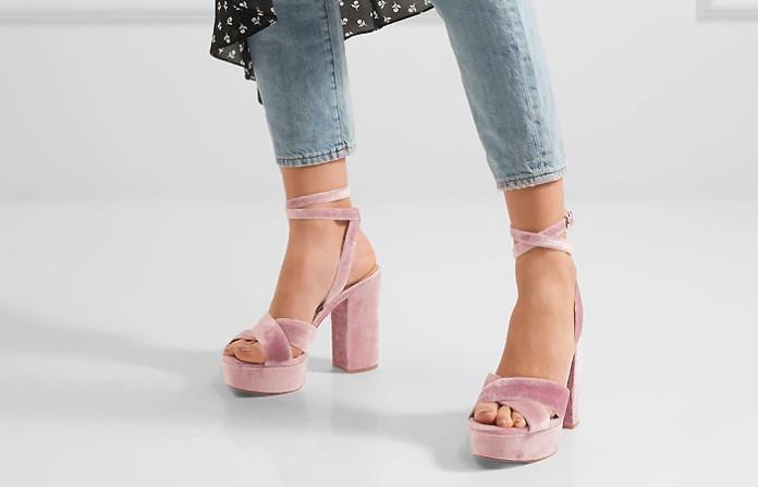 b26ed1d03 Босоножки на толстом каблуке: все тонкости выбора и модного сочетания