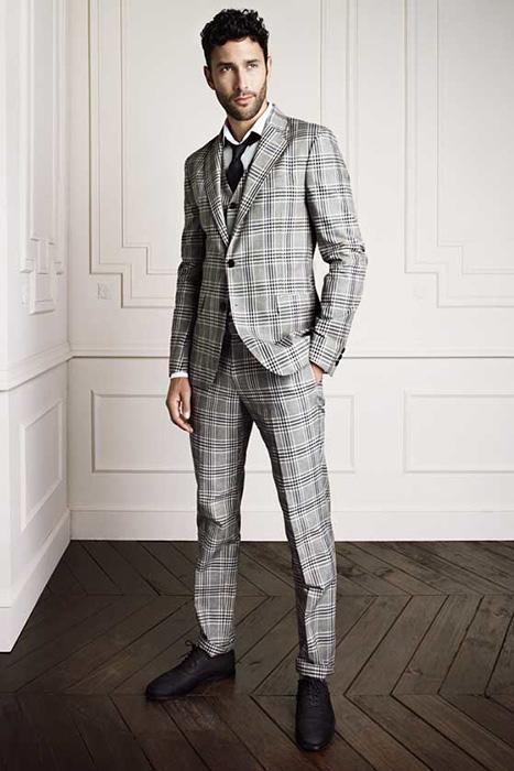 a2a74e547ae5 ... обладает высокой эстетичностью и придает аристократичность и  благородство внешнему облику. Молодые люди неслучайно выбирают стильный  клетчатый костюм, ...
