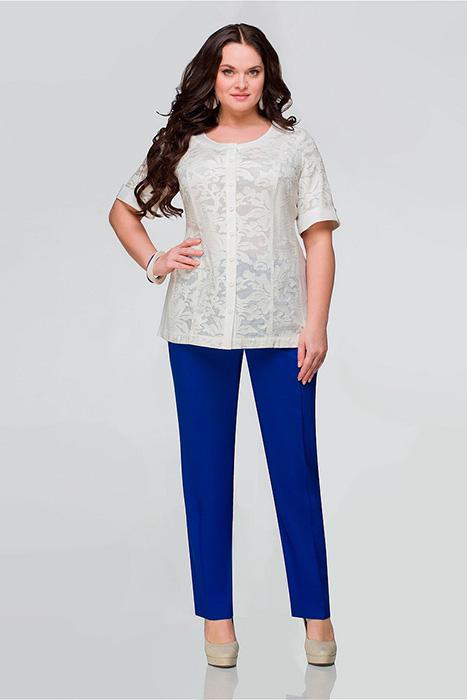0755fae7c74ff Костюм – это довольно растяжимое понятие, таким словом обозначают любой  комплект одежды, состоящий из двух и более элементов.