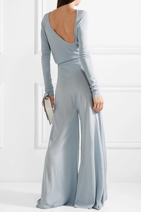 67c87c6e1cf5 Голубой женский костюм (40 фото): в стиле Шанель с брюками или юбкой