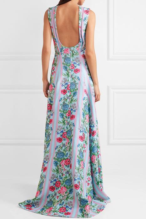 931fea79888 Дизайнеры женской одежды постепенно вводят открытую спину в повседневный  гардероб. Однако это чаще модели с разрезами или расходящимися по вертикали  ...