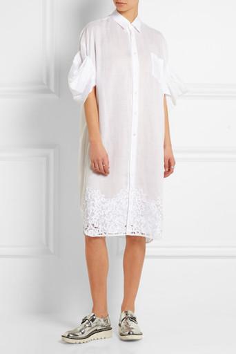 Как носить платье-рубашку после 40, чтобы выглядеть стильно и молодо