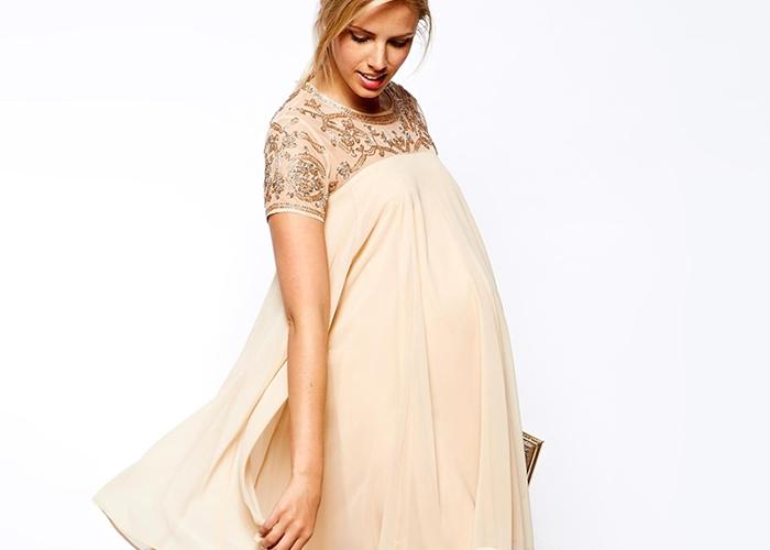 Советы по выбору белого платья для беременных дам