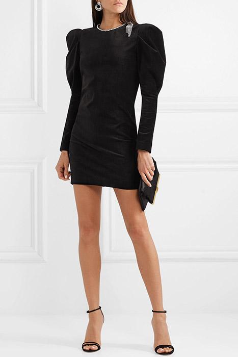 2ae7e3337ae Какие аксессуары подобрать к черному платью (56 фото)  модны луки в ...