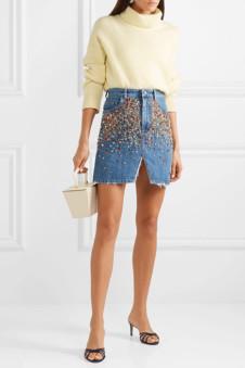 653bea215bd С чем носить джинсовую юбку (47 фото)  длина